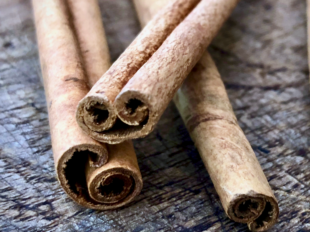 Cinnamon sticks close up