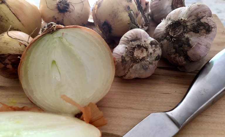 Onions are not advised on a keto diet, however this recipe gets the flavour without the carbs