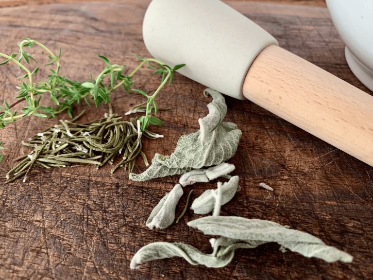 Fresh and dried herbs, rosemary, sage, and thyme combination are known as the Poultry Herbs